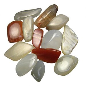 moonstone-tumbled-enz-of-the-earth
